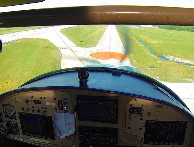 flying into sun n fun